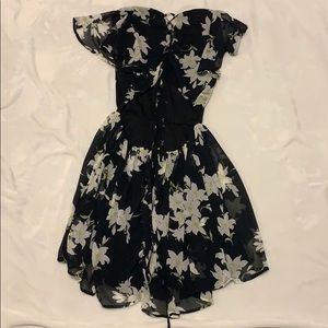Lulu's Dresses - Black Flower Flowy Lulu's Dress with flowers